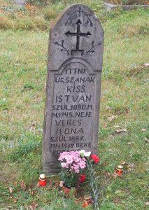 Néhai Dekás Kiss István sírja az atyhai temetőben