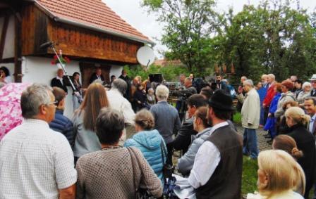 Vinczeffy László díszpolgári címet kapott – Megnyílt a KAKASÜLŐ GALÉRIA ötödik tárlata